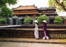 Save your Money with Highlights of Vietnam Culture tour  11 days