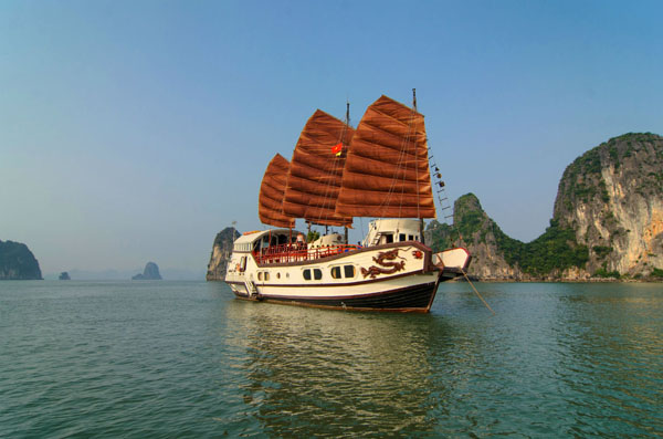 INDOCHINA JUNK CRUISE